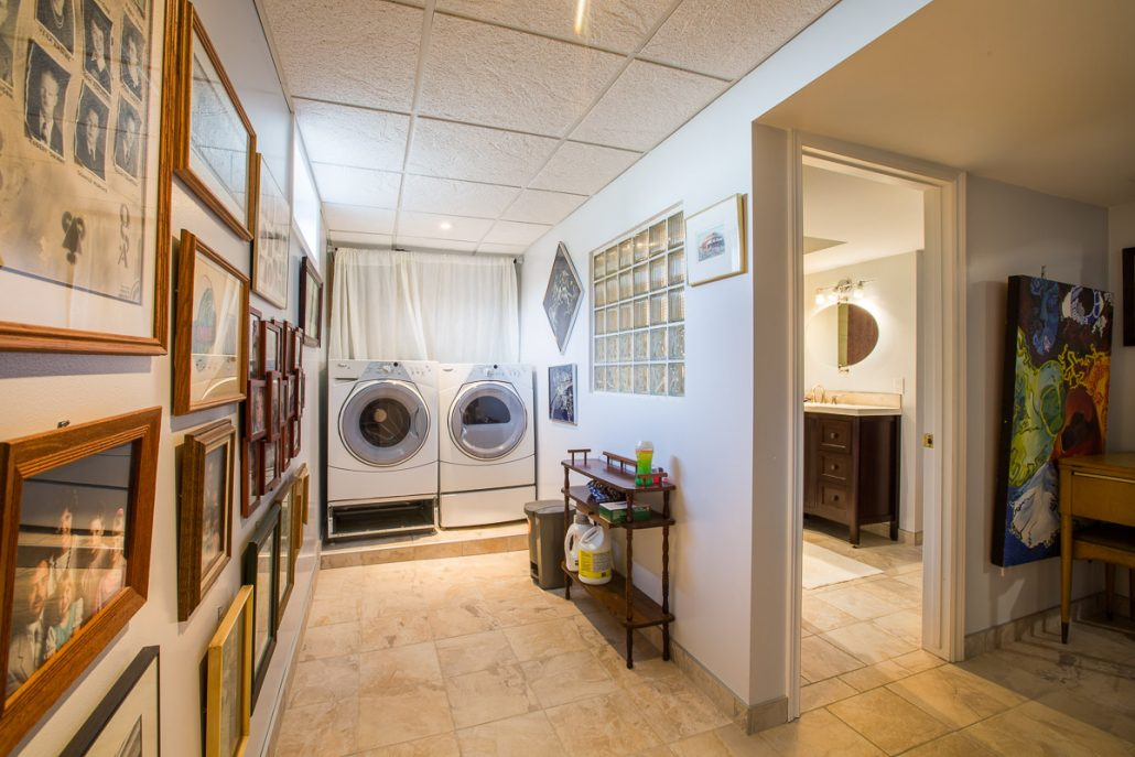 Basement Laundry Room - Cristal Renovations
